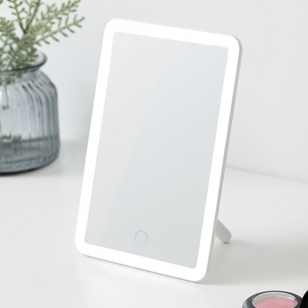 Mirror Charming Schminkspiegel dimmbar USB weiß Kunststoff
