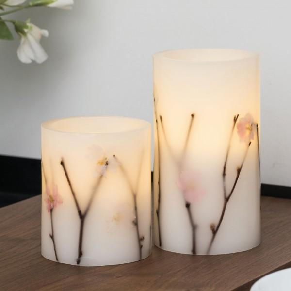 Shiny Blossom Candle Wachskerze 2er Set Batterie Weiß/Blumen Wachs